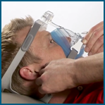 Como ajustar a máscara facial Amara Gel Philips Respironics passo 6